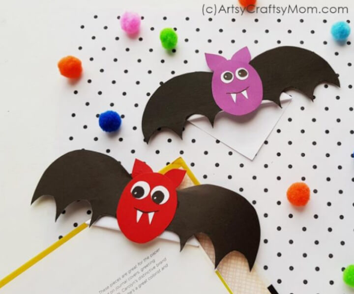bat bookmarks made with paper for toddlers and preschoolers