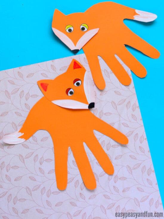orange fox handprint craft for kids