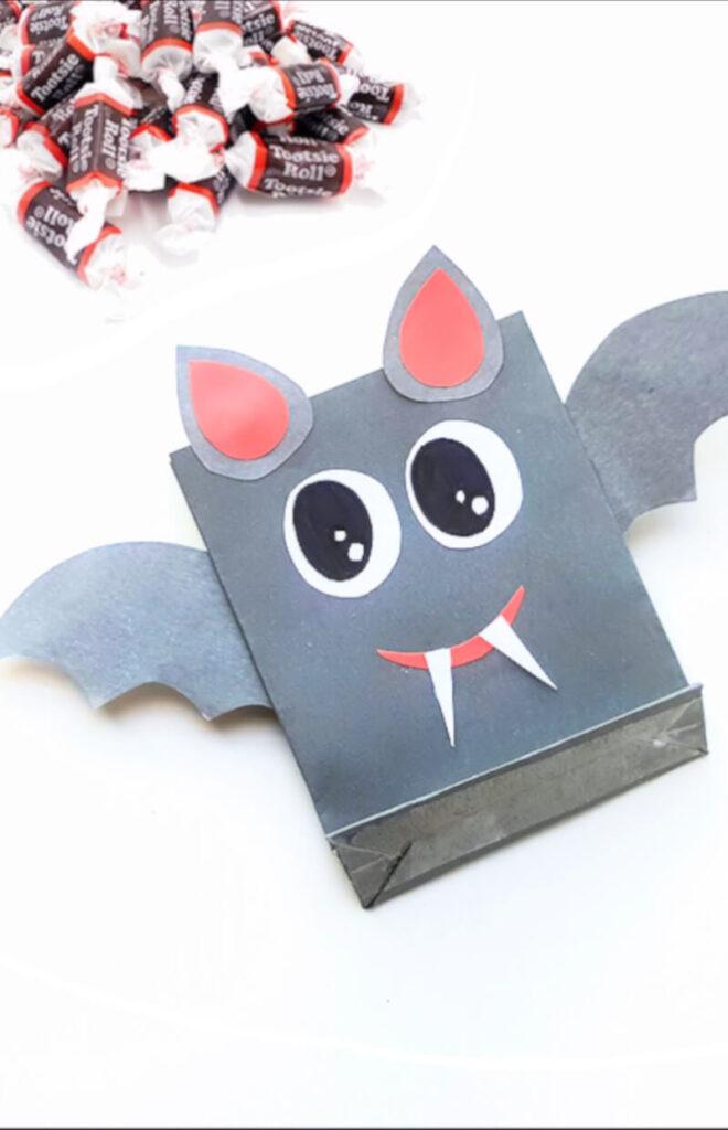 cute papercraft bat Halloween treat bag