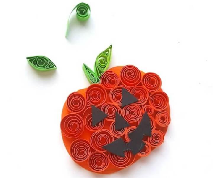 easy papercraft pumpkin for Halloween craft ideas