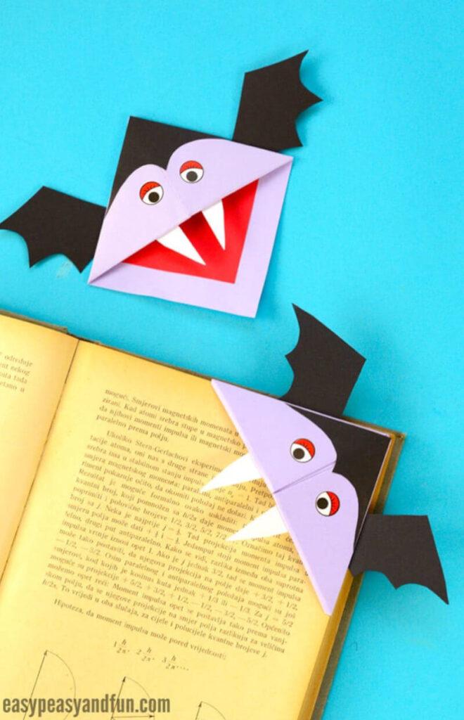 Halloween papercraft idea for kids featuring a vampire corner bookmark